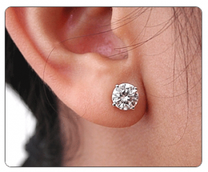 5 Types Of Earrings Every Woman Should Own