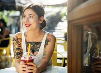 Dating a Tattooed Girl